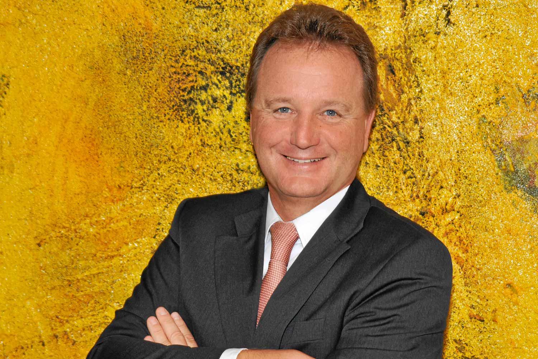 Dr. Robert Galler